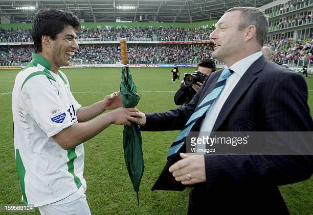 Luis Suarez of FC Groningen coach Ron Jans of FC Groningen during the Dutch Eredivisie match between FC Groningen and Vitesse Arnhem on October 01...