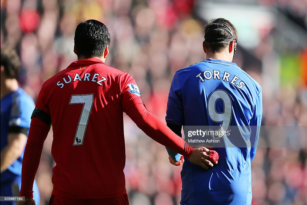 Soccer : Barclays Premier League - Liverpool v Chelsea : News Photo