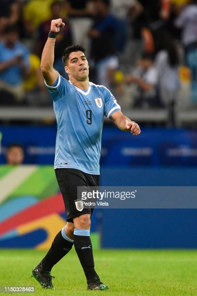 Luis Suarez of Uruguay celebrates after scoring the third goal of his team during a match between Uruguay and Ecuador at Mineirao Stadium on June 16,...