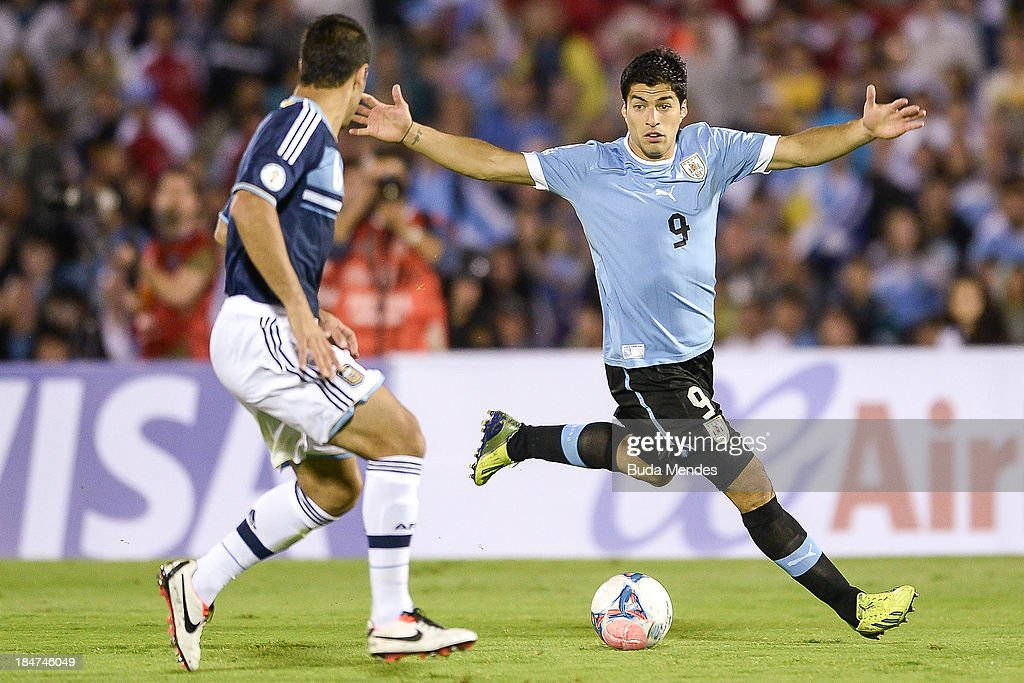 Uruguay v Argentina - FIFA 2014 World Cup Qualifier