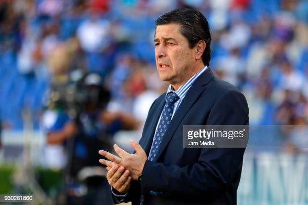 Luis Tena coach of Queretaro looks on during the 11th round match between Queretaro and Necaxa as part of the Torneo Clausura 2018 Liga MX at La...