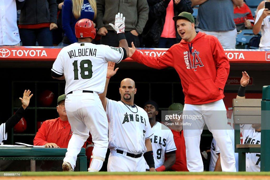 Atlanta Braves v Los Angeles Angels of Anaheim : News Photo