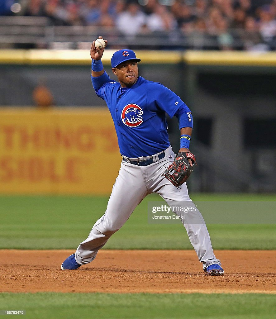 Luis Valbuena #24 of the Chicago Cubs throws out a Chicago White Sox runner at U.S. Cellular Field on May 7, 2014 in Chicago, Illinois. The White Sox defeated the Cubs 8-3.