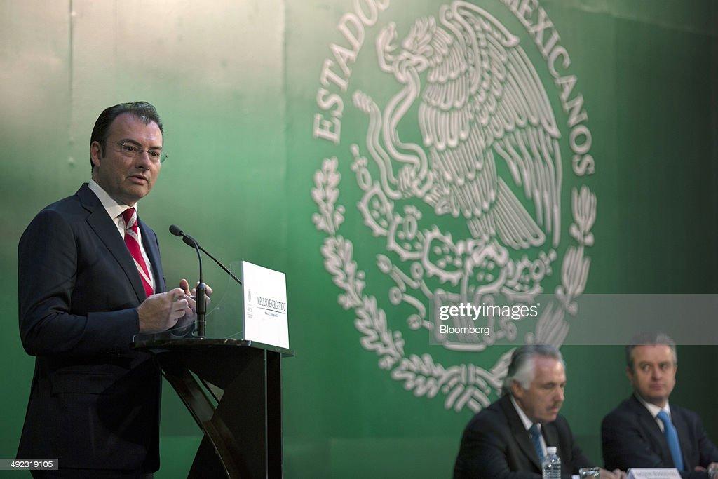 HSBC, Mexico Development Bank Start Fund For Energy Companies : News Photo