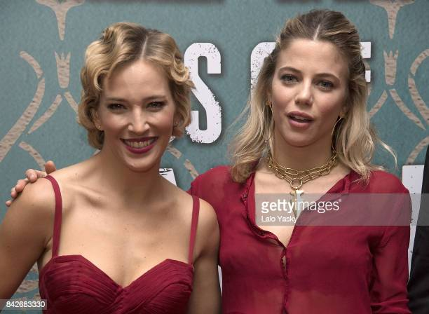 Luisana Lopilato and Justina Bustos attend the ''Los Que Aman Odian' premier at the Dot Shopping Cinema on September 4 2017 in Buenos Aires Argentina