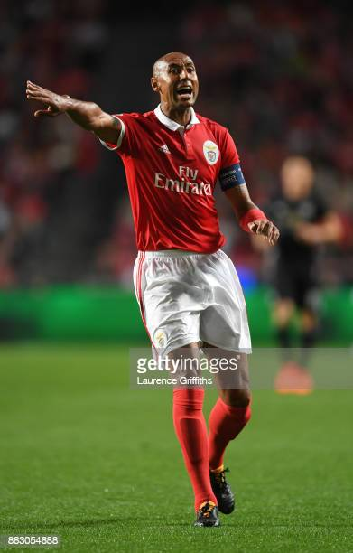 Luisao of Benfica looks on during the UEFA Champions League group A match between SL Benfica and Manchester United at Estadio da Luz on October 18...