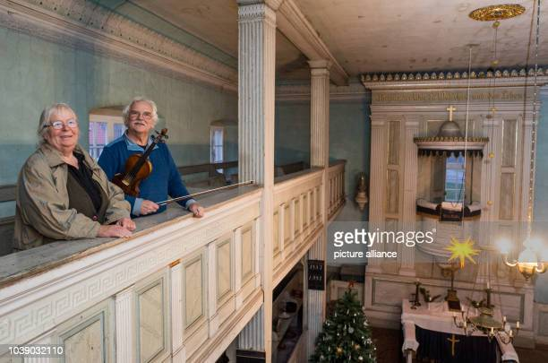 Luise and Goetz Bernau from Neumaedewitz stand in the church in Altmaedewitz Germany 14 December 2015 For years the couple has been advocating with a...