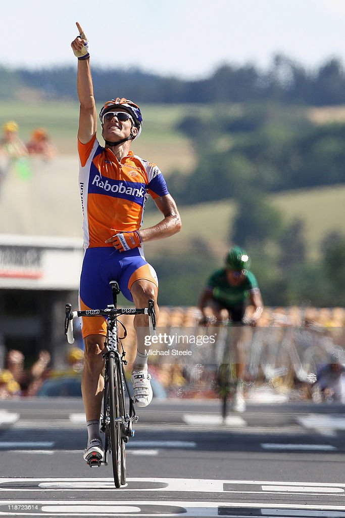 Luis-Leon Sanchez of Spain and Rabobank Cycling Team celebrates victory as he crosses the finish line during Stage 9 of the 2011 Tour de France from Issoire to Saint-Flour on July 10, 2011 in Saint-Flour, France.