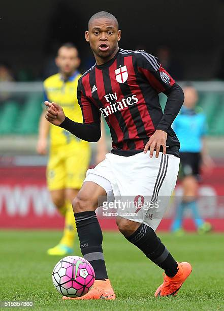 Luiz Adriano of AC Milan in action during the Serie A match between AC Chievo Verona and AC Milan at Stadio Marc'Antonio Bentegodi on March 13 2016...
