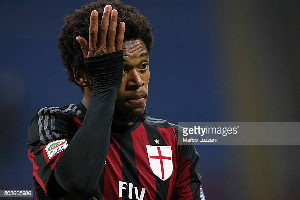 Luiz Adriano of AC Milan shows his dejection at the end of the Serie A match between AC Milan and Bologna FC at Stadio Giuseppe Meazza on January 6...