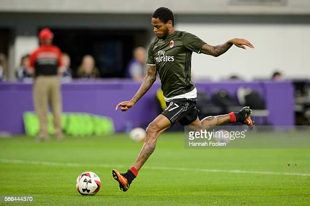 Luiz Adriano of AC Milan warms up before the International Champions Cup match against Chelsea on August 3 2016 at US Bank Stadium in Minneapolis...