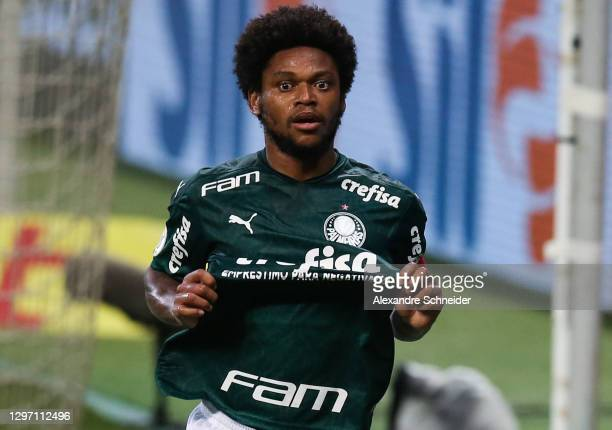 Luiz Adriano of Palmeiras celebrates after scoring the fourth goal of his team during the match against Corinthians as part of Brasileirao Series A...