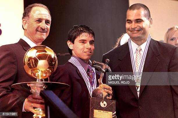 Luiz Felipe Scolari, coach of the Palmeiras, Brazil , Javier Saviola, Argentine soccer player from the Flat River Club and goalie from Parguay, Jose...