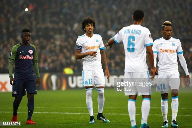 Luiz Gustavo of Marseille during the Uefa Europa League match between Olympique de Marseille and Red Bull Salzburg at Stade Velodrome on December 7...