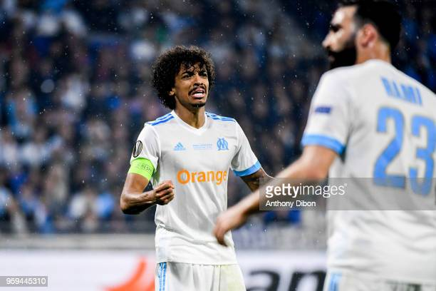 Luiz Gustavo of Marseille looks dejected during the Europa League Final match between Marseille and Atletico Madrid at Groupama Stadium on May 16...