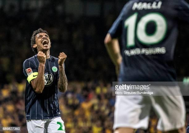 Luiz Gustavo of VfL Wolfsburg celebrates during the Bundesliga Playoff Leg 2 match between Eintracht Braunschweig and VfL Wolfsburg at Eintracht...