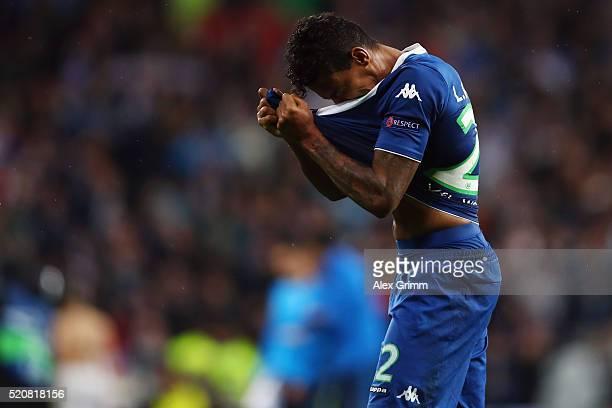 Luiz Gustavo of Wolfsburg reacts after the UEFA Champions league Quarter Final Second Leg match between Real Madrid and VfL Wolfsburg at Estadio...