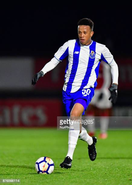 Luiz Palhares of Porto U23s in action during Premier League International Cup Group E match between Arsenal Under 23s vs FC Porto Under 23s at...