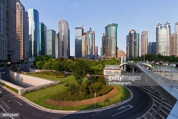 lujiazui skyline with his high rise buildings - andre vogelaere stock pictures, royalty-free photos & images
