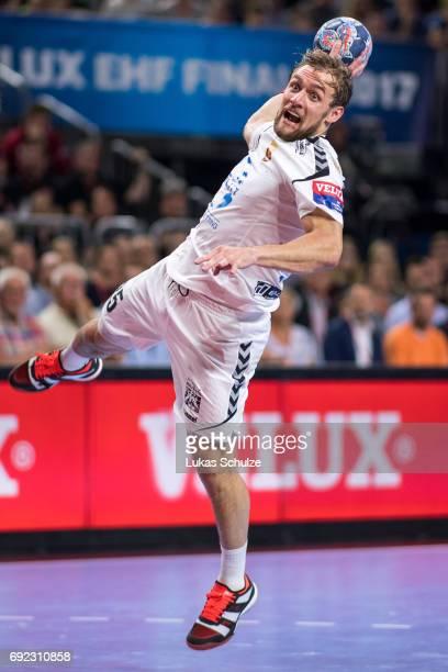 Luka Cindric of Vardar throws the ball during the VELUX EHF FINAL4 Final match between Paris SaintGermain Handball and HC Vardar at Lanxess Arena on...