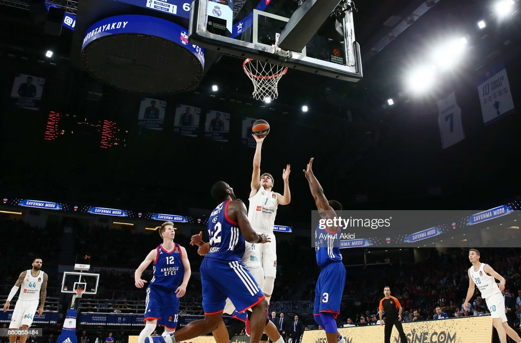 Luka Doncic, #7 of Real Madrid in action during the 2017/2018 Turkish Airlines EuroLeague Regular Season Round 1 game between Anadolu Efes Istanbul v Real Madrid at Sinan Erdem Dome on October 12, 2017 in Istanbul, Turkey.