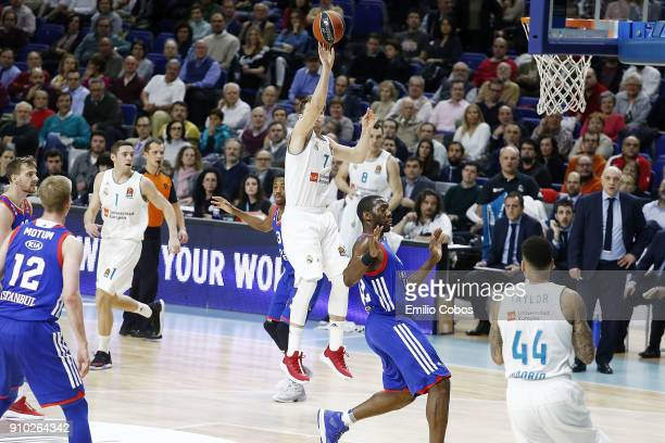 Luka Doncic #7 of Real Madrid in action during the 2017/2018 Turkish Airlines EuroLeague Regular Season Round 20 game between Real Madrid and Anadolu...