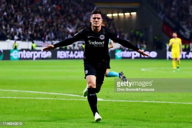 Luka Jovic of Eintracht Frankfurt celebrates scoring the opening goal during the UEFA Europa League Semi Final First Leg match between Eintracht...