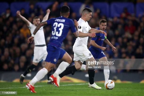 Luka Jovic of Eintracht Frankfurt scores his team's first goal during the UEFA Europa League Semi Final Second Leg match between Chelsea and...
