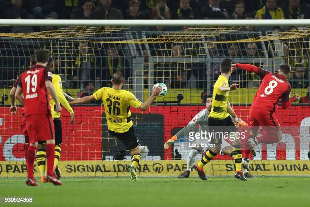 Luka Jovic of Frankfurt scores his team's first goal during the Bundesliga match between Borussia Dortmund and Eintracht Frankfurt at Signal Iduna...