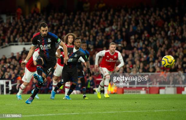 Luka Milivojevi of Crystal Palace scores from the penalty spot during the Premier League match between Arsenal FC and Crystal Palace at Emirates...