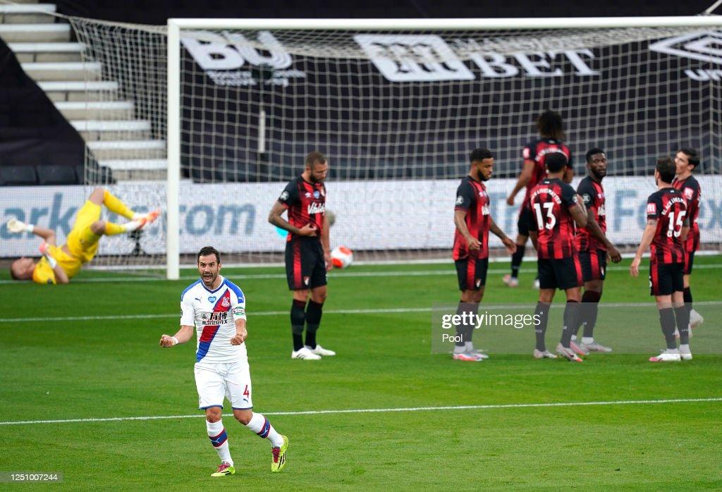 AFC Bournemouth v Crystal Palace - Premier League : News Photo