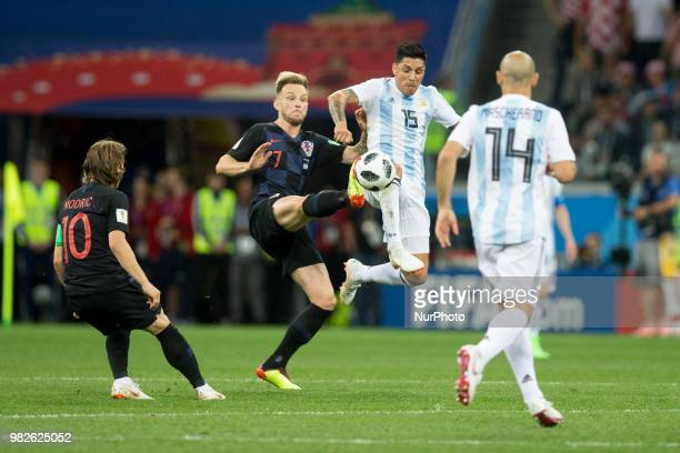 Luka Modric Ivan Rakitic Enzo Perez Javier Mascherano during the Russia 2018 World Cup Group D football match between Argentina and Croatia at the...