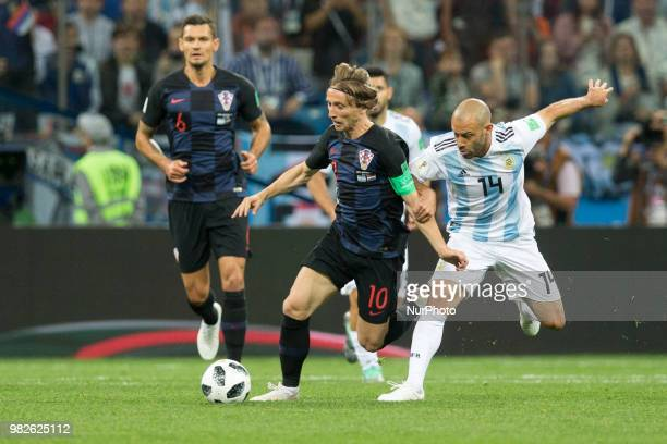 Luka Modric Javier Mascherano during the Russia 2018 World Cup Group D football match between Argentina and Croatia at the Nizhny Novgorod Stadium in...