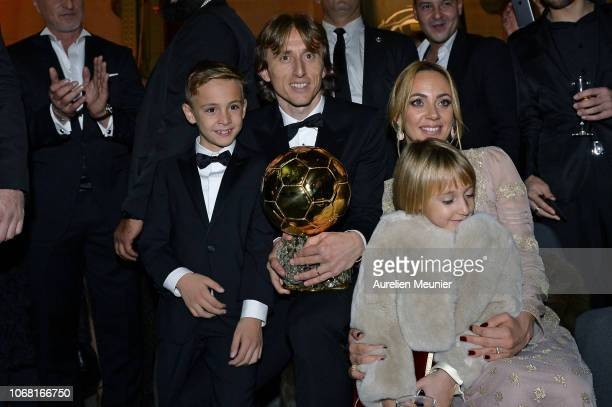 Luka Modric of Croatia and Real Madrid poses with his wife Vanja Bosnic and their children Ivano and Ema after he won the 2018 Ballon D'Or at Le...