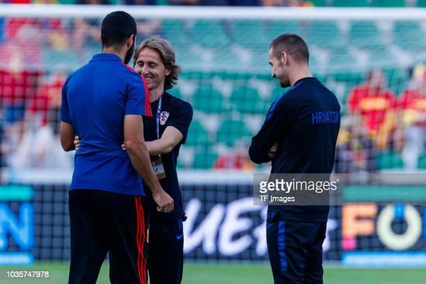 Luka Modric of Croatia looks on during the UEFA Nations League A group four match between Spain and Croatia at Estadio Manuel Martinez Valero on...
