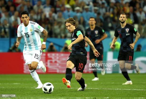 Luka Modric of Croatia passes the ball during the 2018 FIFA World Cup Russia group D match between Argentina and Croatia at Nizhny NovgorodStadium on...