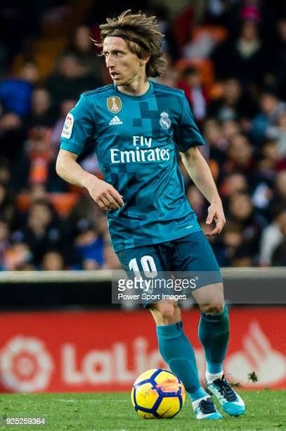 Luka Modric of Real Madrid in action during the La Liga 201718 match between Valencia CF and Real Madrid at Estadio de Mestalla on 27 January 2018 in...