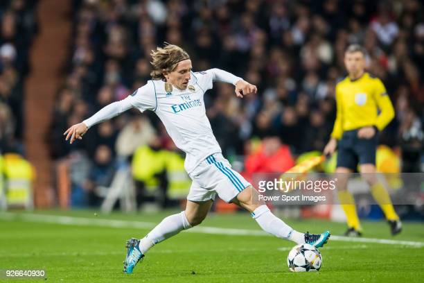 Luka Modric of Real Madrid in action during the UEFA Champions League 201718 Round of 16 match between Real Madrid vs Paris Saint Germain at Estadio...