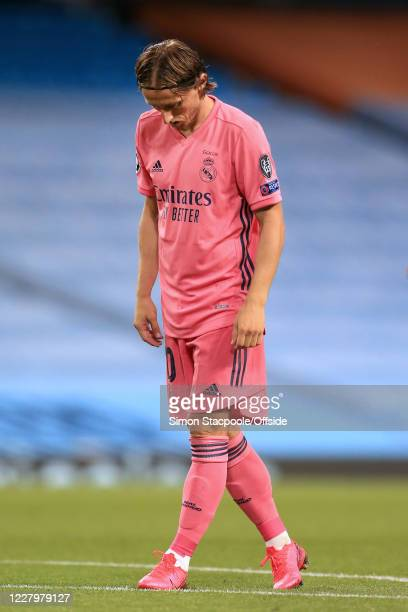 Luka Modric of Real Madrid looks dejected during the UEFA Champions League round of 16 second leg match between Manchester City and Real Madrid at...