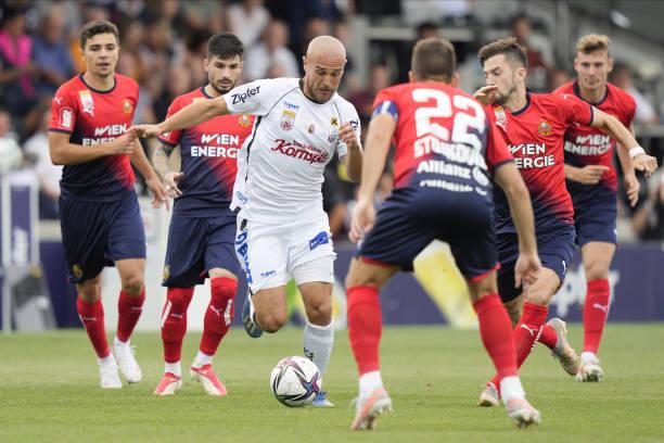 AUT: LASK v Rapid Wien - Admiral Bundesliga