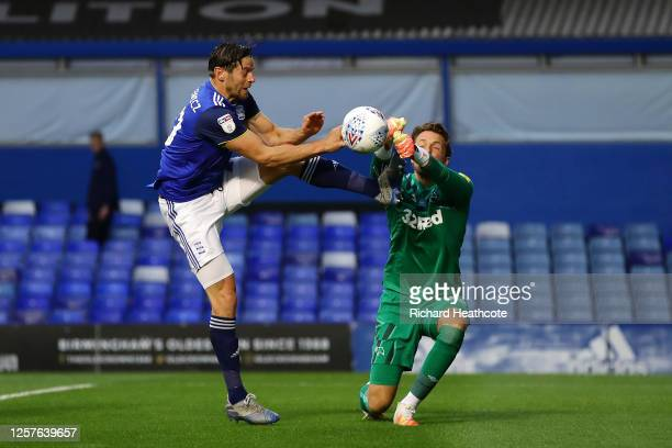 Lukas Jutkiewicz of Birmingham City tries to score against Ben Hamer of Derby County during the Sky Bet Championship match between Birmingham City...