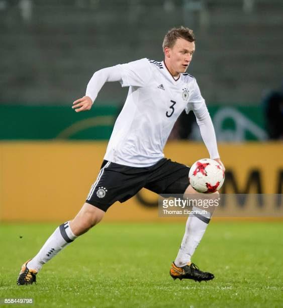 Lukas Klostermann of Germany plays the ball during the UEFA Under21 Euro 2019 Qualifier match between U21 of Germany and U21 of Azerbaijan at Stadion...