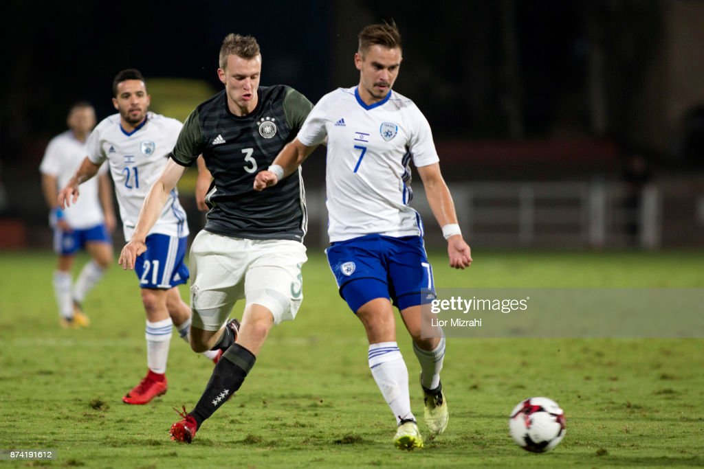 Lukas Klostermann of Germany vies with Maxim Plakushchenko of Israel during the UEFA Under21 Euro 2019 Qualifier on November 14, 2017 in Ramat Gan, Israel.