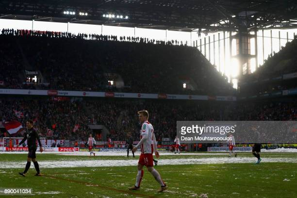 Lukas Klunter of FC Koeln looks on during the Bundesliga match between 1 FC Koeln and SportClub Freiburg at RheinEnergieStadion on December 10 2017...