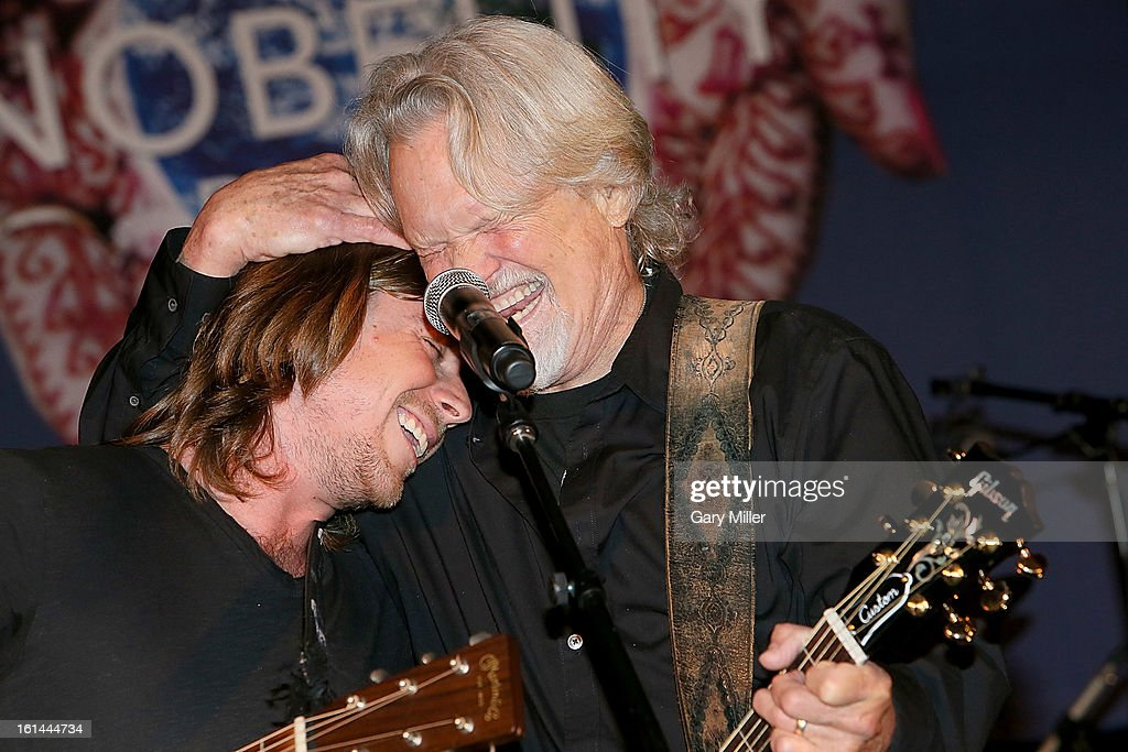 Lukas Nelson (L) and Kris Kristofferson perform during the Nobelity Projects Artists and Filmmakers Dinner honoring Kris Kristofferson with the Feed The Peace award at the Four Seasons Hotel on February 10, 2013 in Austin, Texas.