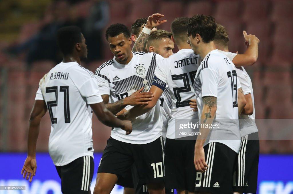 Bosnia and Herzegovina U21 v Germany U21 - UEFA U21 Championship Qualifying Round : ニュース写真