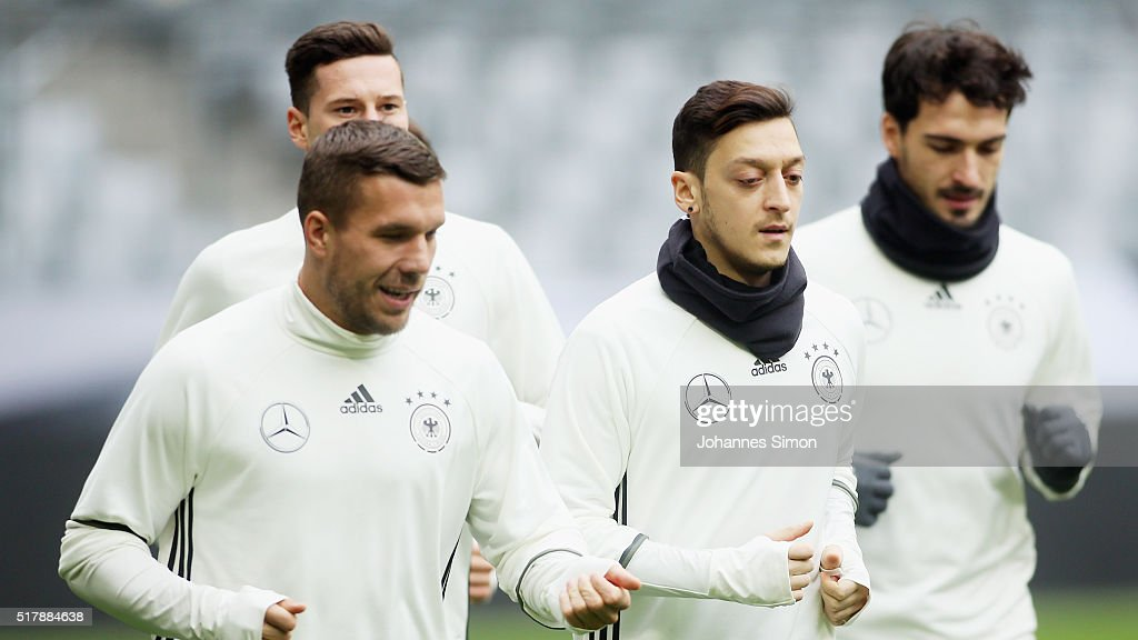 Germany - Training & Press Conference : News Photo