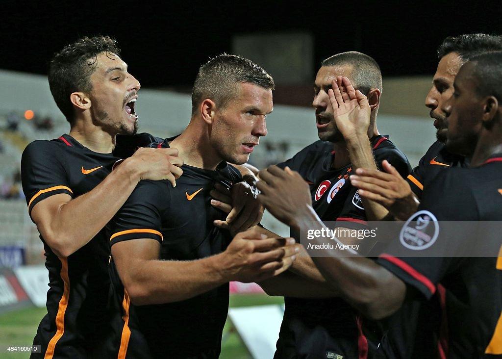Medicana Sivasspor v Galatasaray - Turkish Spor Toto Super League : Fotografía de noticias