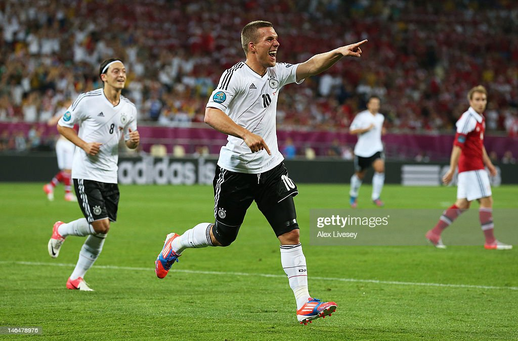 Denmark v Germany - Group B: UEFA EURO 2012 : News Photo