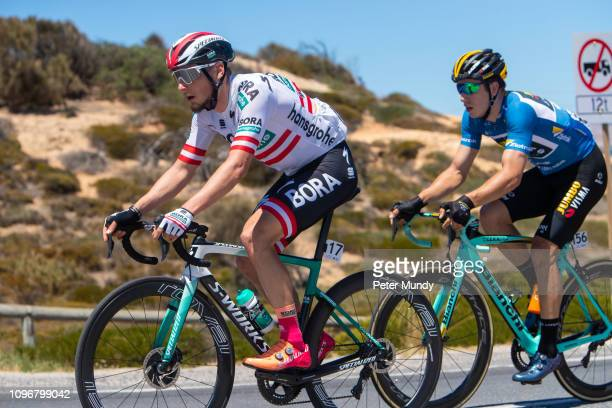 ADELAIDE AUSTRALIA JANUARY 20 Lukas Pöstlberger of Austria and BORAhansgrohe and Danny van Poppel of Netherlands and Team JumboVisma on the Esplanade...